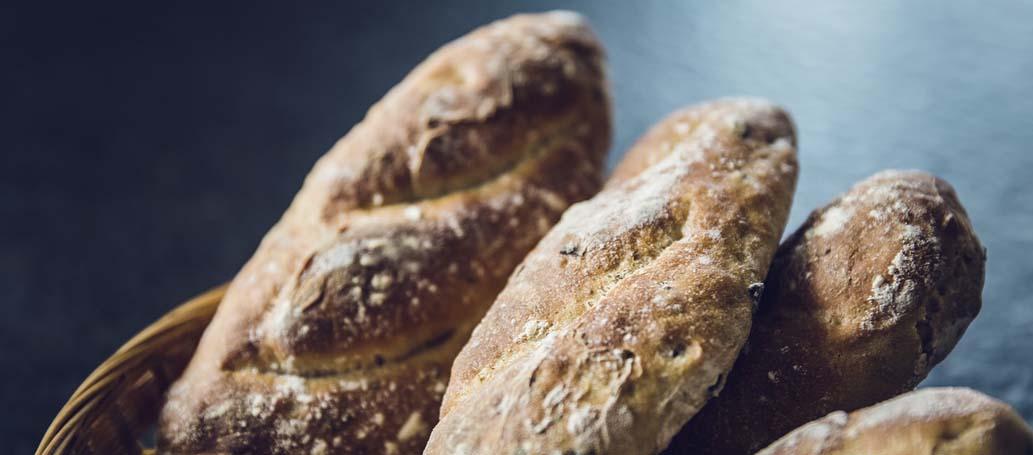 Täglich ofenfrisches Brot und Brötchen